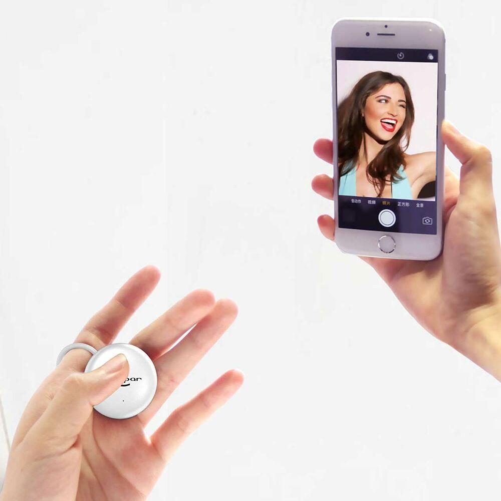 Ring Selfie Button